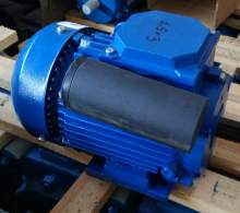 бытовой однофазный электродвигатель 220В